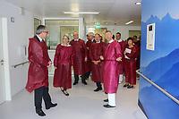 Mannheim. 28.07.17   Neue Stammzell-Transplantationseinheit<br /> &bdquo;Das Universitätsklinikum Mannheim ist ein überregional bedeutendes Zentrum für schwere Blutkrebs-Erkrankungen&ldquo;, betonte Oberbürgermeister Dr. Peter Kurz, der auch Aufsichtsratsvorsitzender<br /> des Klinikums ist. &bdquo;Mit der neuen Station und der angeschlossenen Ambulanz profitieren jetzt noch mehr Patienten aus Mannheim, der Metropolregion Rhein-Neckar und weit darüber hinaus von der speziellen Expertise und der lebensrettenden Behandlung.&ldquo;<br /> <br /> <br /> BILD- ID 0540  <br /> Bild: Markus Prosswitz 28JUL17 / masterpress (Bild ist honorarpflichtig - No Model Release!)