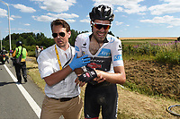 Sykkel<br /> Foto: PhotoNews/Digitalsport<br /> NORWAY ONLY<br /> <br /> DUMOULIN Tom of Team Giant - Alpecin, victim of the crash during the stage 3 of the 102nd edition of the Tour de France 2015 with start in Antwerp and finish in Huy, Belgium (159 kms) *** HUY, BELGIUM - 6/07/2015