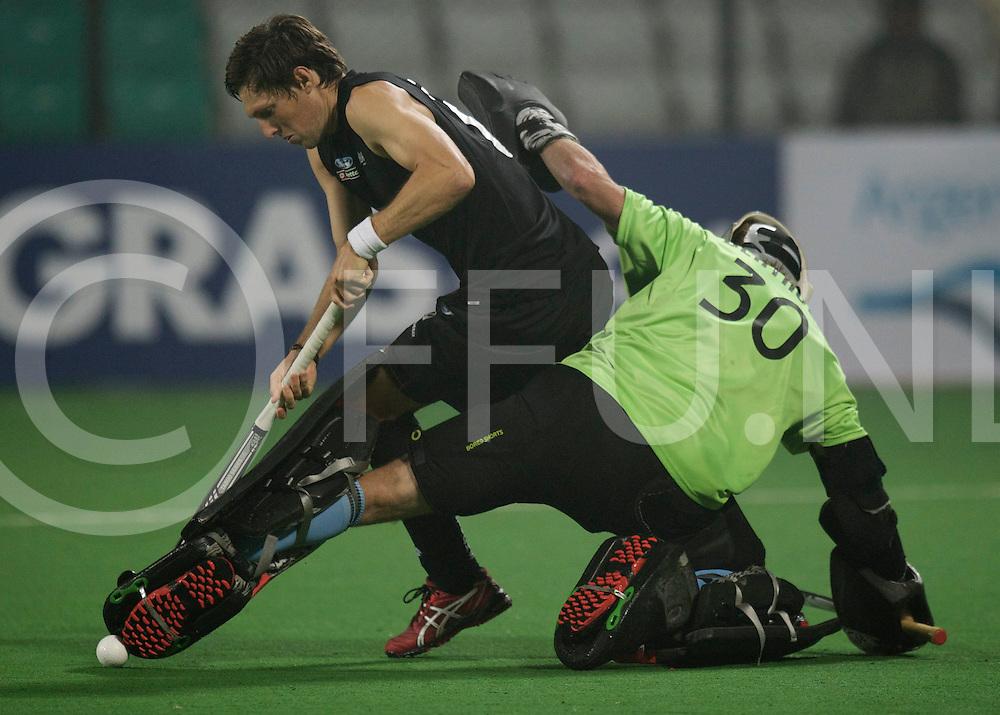 NEW DELHI - Hock World League  Final Men<br /> 15 ARG v NZL (QF3)<br /> Shoot outs<br /> Foto: <br /> FFU PRESS AGENCY COPYRIGHT FRANK UIJLENBROEK