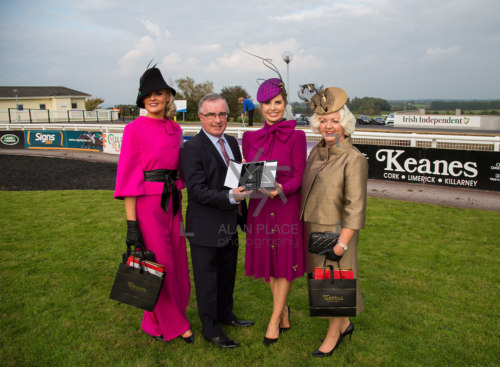 09.10.2016           <br /> Aidan Liddy, Keanes Jewellers presents The winner of the Keanes Jewellers Best dressed competition at Limerick Racecourse, Sharon Kennedy (centre) of Clareview Limerick who won a diamond pendent to the value of &euro;4,000, also pictured are Margaret Hynes Cahill, (left) Ardfert Co. Kerry won 2nd prize of a complete outfit for Aisling Maher Boutique Adare and Mary O&rsquo;Halloran from Dublin (right) won a luxury hamper from Inis - The Energy of the Sea. Picture: Alan Place