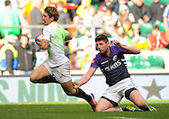LONDON, ENGLAND - Saturday 10 May 2014, Kwagga Smith of South Africa about to score his try during the match between South Africa and Scotland at the Marriott London Sevens rugby tournament being held at Twickenham Rugby Stadium in London as part of the HSBC Sevens World Series.<br /> Photo by Roger Sedres/ImageSA