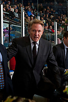 KELOWNA, CANADA - JANUARY 21: Mike Johnston, head coach of the Portland Winterhawks stands on the bench against the Kelowna Rockets on January 21, 2017 at Prospera Place in Kelowna, British Columbia, Canada.  (Photo by Marissa Baecker/Getty Images)  *** Local Caption *** Mike Johnson;
