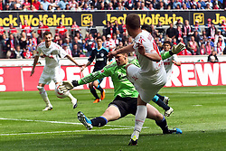 14.05.2010,  Rhein Energie Stadion, Koeln, GER, 1.FBL, FC Koeln vs Schalke 04, 34. Spieltag, im Bild: Lukas Podolski (Koeln #10) (R) gegen Manuel Neuer (Schalke #1) (L)   EXPA Pictures © 2011, PhotoCredit: EXPA/ nph/  Mueller       ****** out of GER / SWE / CRO  / BEL ******
