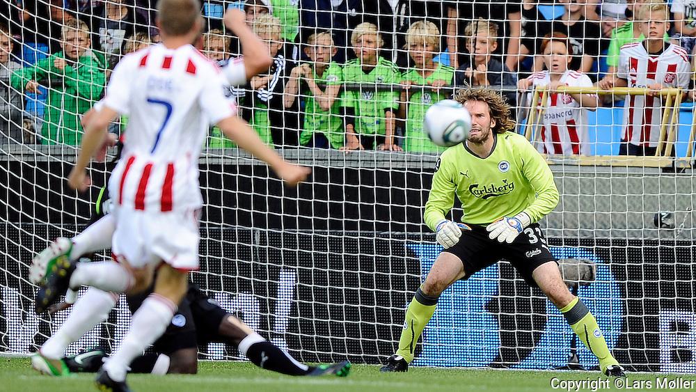 DK Caption:<br /> 20110813, &Aring;lborg, Danmark:<br /> Superliga fodbold, AAB - OB:<br /> Keeper Stefan Wessels, OB Odense.<br /> Foto: Lars M&oslash;ller<br /> <br /> UK Caption:<br /> 20110813, Aalborg, Denmark:<br /> Superleague football  AAB - OB:<br /> Keeper Stefan Wessels, OB Odense.<br /> Photo: Lars Moeller