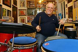 ELLADE BANDINI BATTERISTA FERRARESE NELLA SUA CASA STUDIO<br /> FERRARA 04-12-2014<br /> FOTO FILIPPO RUBIN