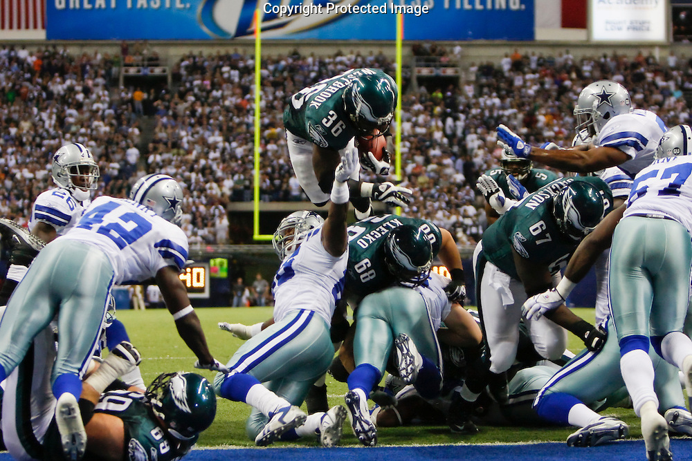15 Sept 2008: Philadelphia Eagles running back Brian Westbrook #36 jumps over the line for a touchdown during the game against the Dallas Cowboys on September 15th, 2008. The Cowboys beat the Eagles 41-37 at Texas Stadium in Irving, Texas.