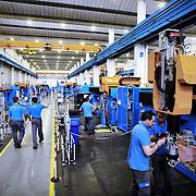 Fasi di lavorazioni nello stabilimento Prima Power di Collegno (TO)  Divisione Machinery del Gruppo Prima Industrie SpA, azienda leader specializzata nel settore di macchine e sistemi laser 2D e 3D per il taglio e la saldatura laser della lamiera.