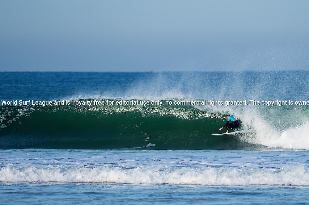 Stephanie Gilmore of Australia winning her Round 2 heat at the Roxy Pro France.