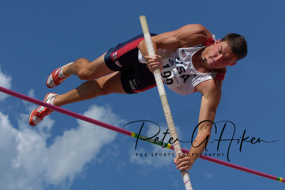Ryan Olkowski of the United States cleared the bar in the poll vault at 4.45 meters during the decathlon, at the Nike Combined Events Challenge at the R.V. Christian Track Complex on the campus of Kansas State University in Manhattan, Kansas, August 6, 2006.