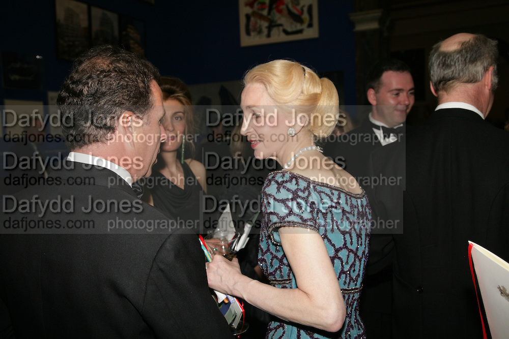 VISCOUNT LINLEY AND LADY JUDGE, Royal Academy Annual Dinner. Piccadilly. London. 5 June 2007.  -DO NOT ARCHIVE-© Copyright Photograph by Dafydd Jones. 248 Clapham Rd. London SW9 0PZ. Tel 0207 820 0771. www.dafjones.com.