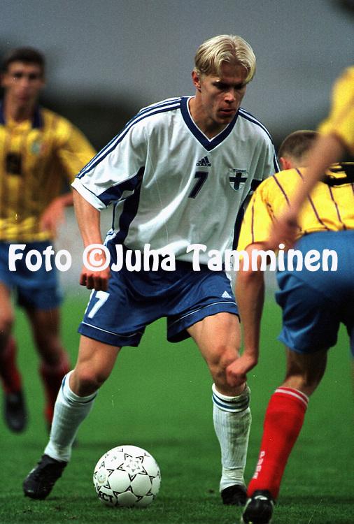 04.09.1998, Kupittaa, Turku, Finland. .Olympic / UEFA Under-21 European Championship qualifying match, Finland v Moldova..Jari Niemi - Finland U-21.©JUHA TAMMINEN