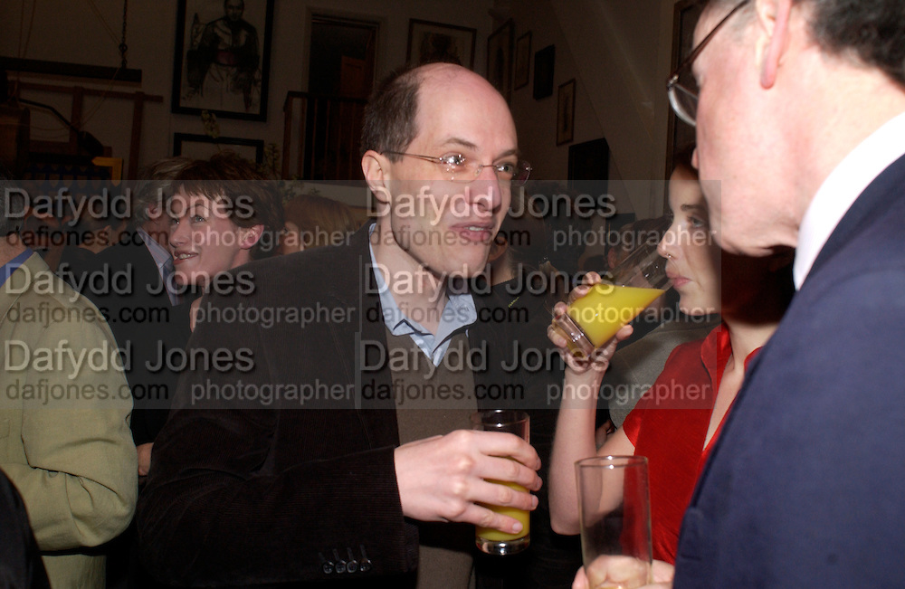 Mr. and Mrs. Alain de Botton and Andrew Barrow, 1812 Napoleon's Fatal March on Moscow by Adam Zamoyski book launch. Avenue Studios. Fulham Rd. 5 April 2004. ONE TIME USE ONLY - DO NOT ARCHIVE  © Copyright Photograph by Dafydd Jones 66 Stockwell Park Rd. London SW9 0DA Tel 020 7733 0108 www.dafjones.com