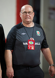 NOVI SAD, SERBIA - Tuesday, September 11, 2012: Wales' Medical Officer Doctor Mark Ridgewell during the 2014 FIFA World Cup Brazil Qualifying Group A match against Serbia at the Karadorde Stadium. (Pic by David Rawcliffe/Propaganda)