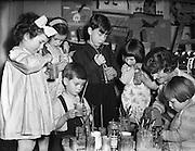 06/02/1953<br /> 02/06/1953<br /> 06 February 1953<br /> Children's Art Studio at Mrs Sheila Fitzgerald's, Frankfort Avenue, Rathgar, Dublin.