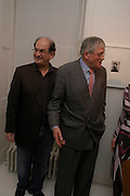 Salman Rushdie and David Hockney, David Hockney and Alison Jacques. Robert Mapplethorpe exhibition curated by David Hockney. Alison Jacques Gallery. clifford St. London. 13 January 2005.  ONE TIME USE ONLY - DO NOT ARCHIVE  © Copyright Photograph by Dafydd Jones 66 Stockwell Park Rd. London SW9 0DA Tel 020 7733 0108 www.dafjones.com