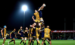 Bristol Rugby and Worcester Warriors contest a line out - Mandatory by-line: Robbie Stephenson/JMP - 04/11/2016 - RUGBY - Sixways Stadium - Worcester, England - Worcester Warriors v Bristol Rugby - Anglo Welsh Cup
