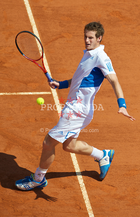 MONTE-CARLO, MONACO - Thursday, April 15, 2010: Andy Murray (GBR) during the Men's Doubles 2nd Round match on day four of the ATP Masters Series Monte-Carlo at the Monte-Carlo Country Club. (Photo by David Rawcliffe/Propaganda)
