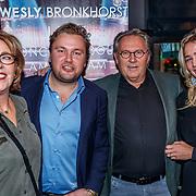 NLD/Amsterdam/20171214 - Presentatie cd Wesly Bronkhorst, Wesly met zijn ouders en partner Marieke
