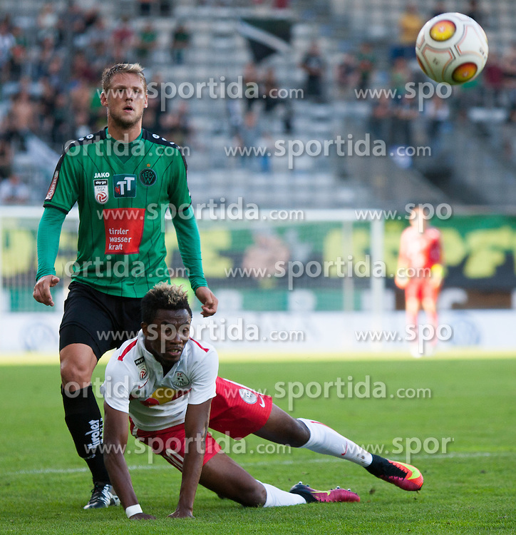 16.08.2016, Tivoli Stadion, Innsbruck, AUT, 2. FBL, FC Wacker Innsbruck vs FC Liefering, 5. Runde, im Bild v.l.n.r.: Sebastian Siller (FC Wacker Innsbruck) und Samuel Tetteh (FC Liefering) // during second Austrian Bundesliga 5th round match between FC Wacker Innsbruck and FC Liefering at the Tivoli Stadion in Innsbruck, Austria on 2016/08/16. EXPA Pictures © 2016, PhotoCredit: EXPA/ Jakob Gruber