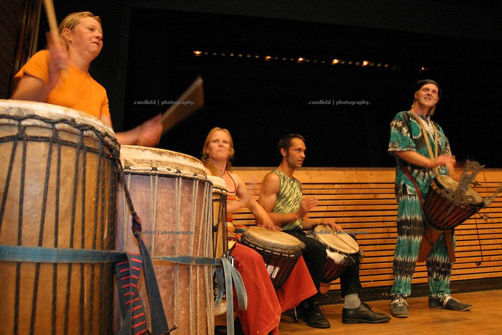 Trommelgruppe Ecole Tam Tam auf der Wellness Messe Wellvita in Hitzacker