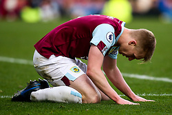 Ben Mee of Burnley cuts a dejected figure - Mandatory by-line: Robbie Stephenson/JMP - 19/01/2020 - FOOTBALL - Turf Moor - Burnley, England - Burnley v Leicester City - Premier League