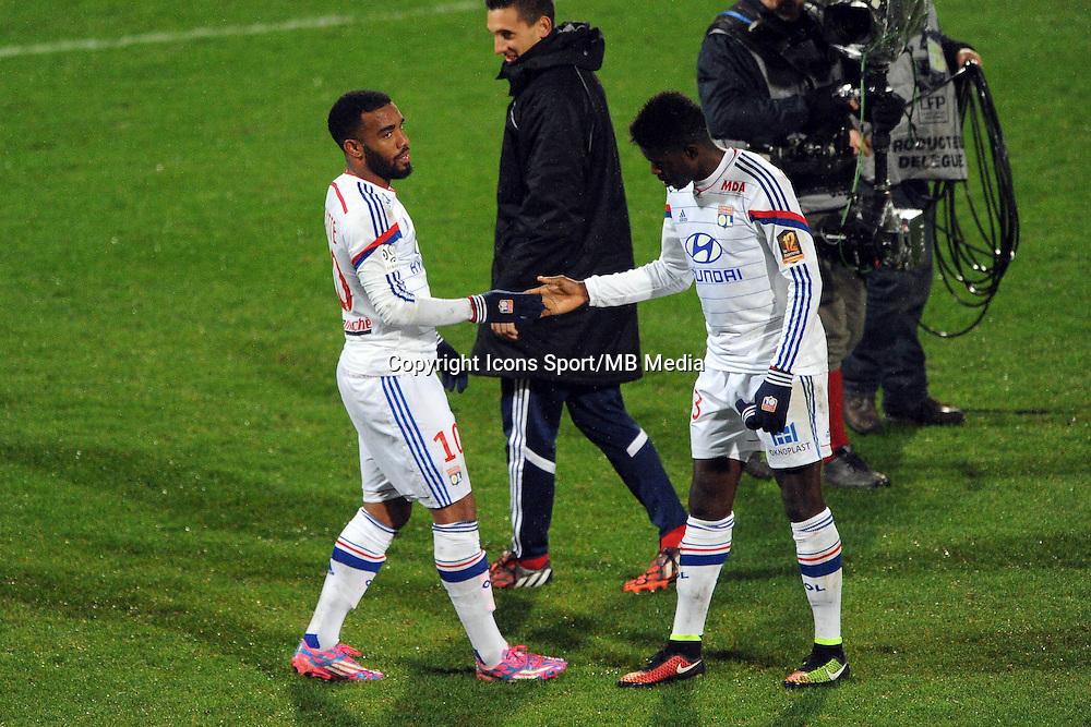Alexandre LACAZETTE / Samuel UMTITI  - 04.12.2014 - Lyon / Reims - 16eme journee de Ligue 1  <br />Photo : Jean Paul Thomas / Icon Sport