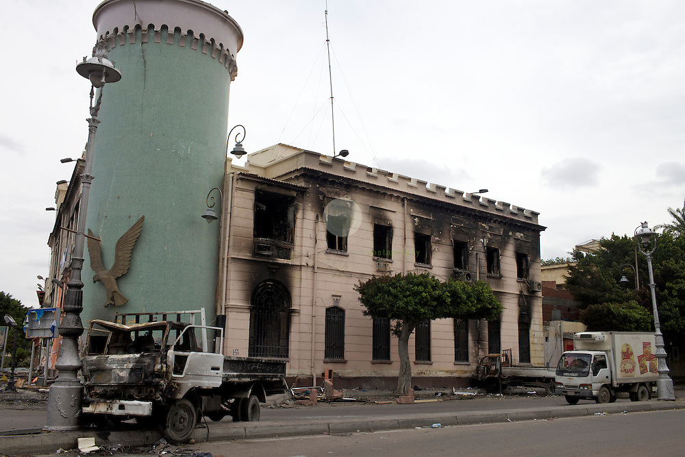 Burned-down police station in Alexandria. AFRICA, EGYPT, ALEXANDRIA, 01.02.2011: