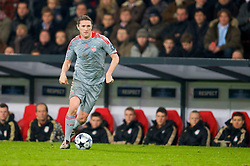 EINDHOVEN, THE NETHERLANDS - Tuesday, December 9, 2008: Liverpool's Robbie Keane in action against PSV Eindhoven during the final UEFA Champions League Group D match at the Philips Stadium. (Photo by David Rawcliffe/Propaganda)