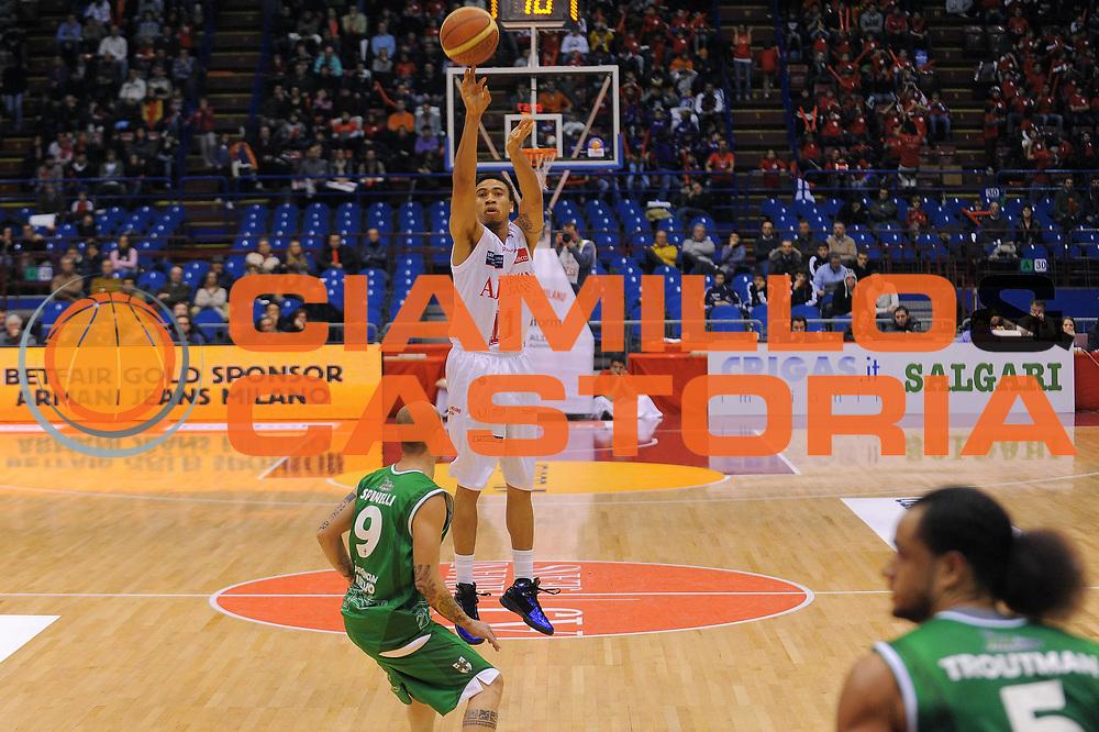 DESCRIZIONE : Milano Lega A 2010-11 Armani Jeans Milano Air Avellino<br />GIOCATORE : Ibrahim Jabber<br /> SQUADRA : Armani Jeans Milano<br />EVENTO : Campionato Lega A 2010-2011<br />GARA : Armani Jeans Milano Air Avellino<br />DATA : 13/12/2010<br />CATEGORIA : Tiro<br />SPORT : Pallacanestro<br />AUTORE : Agenzia Ciamillo-Castoria/A.Dealberto<br />Galleria : Lega Basket A 2010-2011<br />Fotonotizia : Milano Lega A 2010-11Armani Jeans Milano Air Avellino<br />Predefinita :