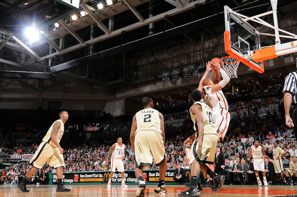 2009 Miami Hurricanes Men's Basketball vs Wake Forest