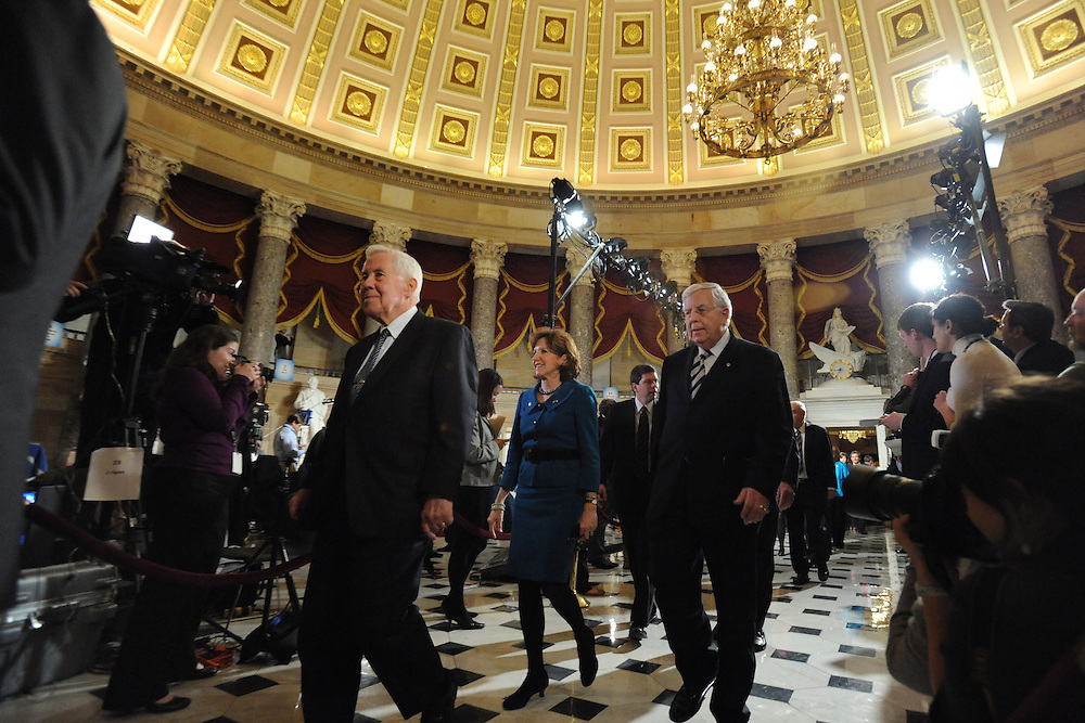 Senators walk through Statuary Hall on the way to the State of the Union address on Wed. Jan. 27, 2010. (Amanda Lucidon/For The New York Times)