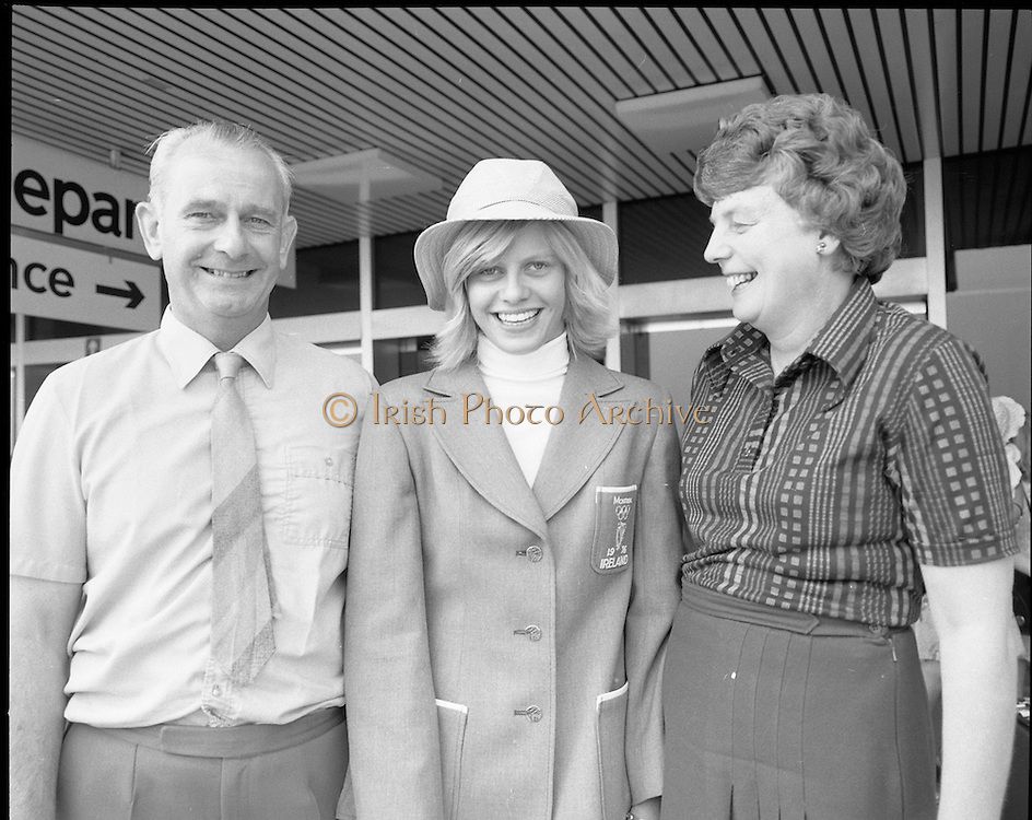 Olympic Team Leaves Dublin Airport.05/07/1976 montreal