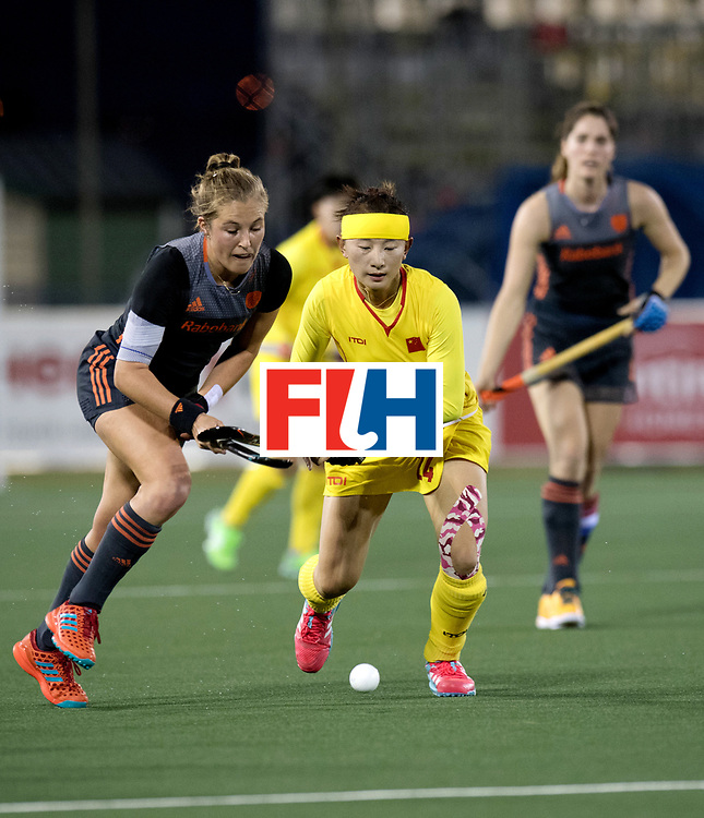 AUCKLAND - Sentinel Hockey World League final women<br /> Match id: 10305<br /> 16 NED v CHina (QF)<br /> Foto: Xan de Waard  duel with Shumin Wang.<br /> WORLDSPORTPICS COPYRIGHT FRANK UIJLENBROEK