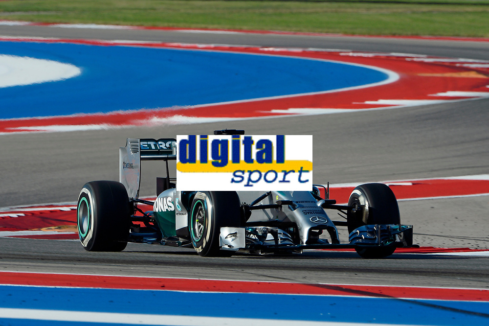 HAMILTON Lewis (Gbr) Mercedes Gp Mgp W05 action during the 2014 Formula One World Championship, United States of America Grand Prix from November 1st to 2nd 2014 in Austin, Texas, USA. Photo Eric Vargiolu / DPPI.