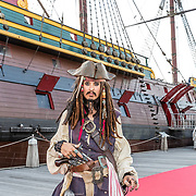 NLD/Amsterdam//20170522 - Film premiere  Pirates of the Caribbean, Jack Sparrow look a like