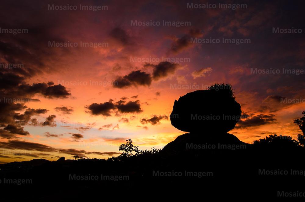 Brasil - Espirito Santo - Vitoria - Entardecer na Pedra da Cebola  - Foto: Gabriel Lordello/ Mosaico Imagem