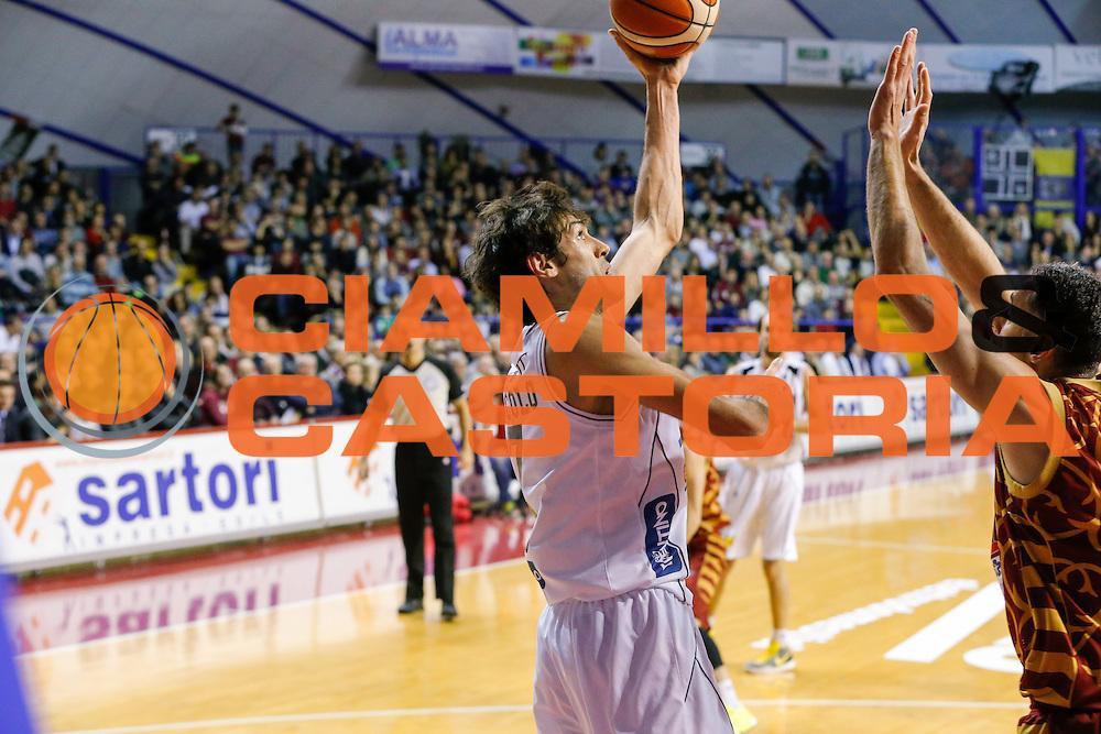 DESCRIZIONE : Venezia Lega A 2015-16 Umana Reyer Venezia Dolomiti Energia Trentino<br /> GIOCATORE : Davide Pascolo<br /> CATEGORIA : Tiro<br /> SQUADRA : Umana Reyer Venezia Dolomiti Energia Trentino<br /> EVENTO : Campionato Lega A 2015-2016<br /> GARA : Umana Reyer Venezia Dolomiti Energia Trentino<br /> DATA : 28/12/2015<br /> SPORT : Pallacanestro <br /> AUTORE : Agenzia Ciamillo-Castoria/G. Contessa<br /> Galleria : Lega Basket A 2015-2016 <br /> Fotonotizia : Venezia Lega A 2015-16 Umana Reyer Venezia Dolomiti Energia Trentino