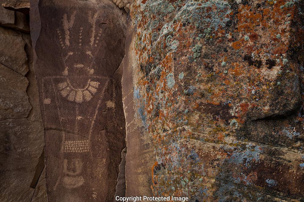 Petroglyph, Vernal Classic Fremont, McKonkie Ranch, Dry Fork Canyon, Navajo Formation Sandstone, near Vernal, UT