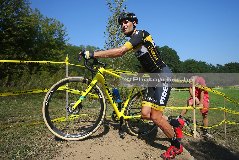 USA / VS / AMERIKA / WATERLOO WI / CYCLOCROSS / VELDRIJDEN / CYCLO CROSS / CX / HEAD QUARTERS TREK BICYCLES / TELENET WORLD CUP CYCLOCROSS #2 / TRAINING / RECON / PARCOURSVERKENNING / JIM AERNOUTS (BEL - TELENET FIDEA LIONS) /