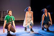 Maï(g)wenn et les Orteils au lancement du 17e festival Vue sur la relève des arts de la scène du 4 au 21 avril 2012 /  le Lion d'Or / Montreal / Canada / 2012-03-07, © Photo Marc Gibert / adecom.ca