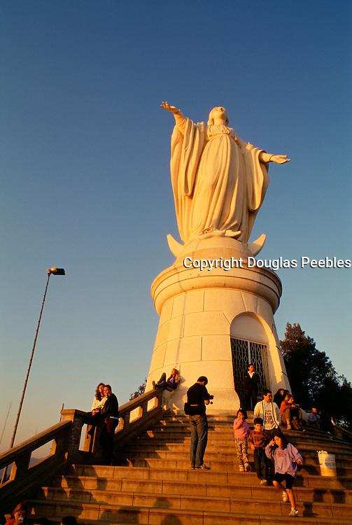 Statue of Virgin Mary, Cerro San Cristobal, Santiago, Chile<br />