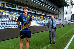 Ted Hill of Worcester Warriors BMI - Mandatory by-line: Robbie Stephenson/JMP - 24/08/2020 - RUGBY - Sixways Stadium - Worcester, England - Worcester Warriors Sponsors 2020/21