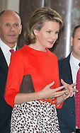 Le Roi Philippe de Belgique et la Reine Mathilde de Belgique lors d'une une réception au Château de Laeken, <br /> avec les athlètes belges ayant participé aux Jeux Olympiques d'Hiver à Sotchi (Fédération de Russie) ainsi que les médaillés des Jeux Olympiques de la jeunesse à Nanjing (Chine), qui se sont particulièrement distingués en 2013 et 2014.<br /> Belgique, Bruxelles, 22 octobre 2014.