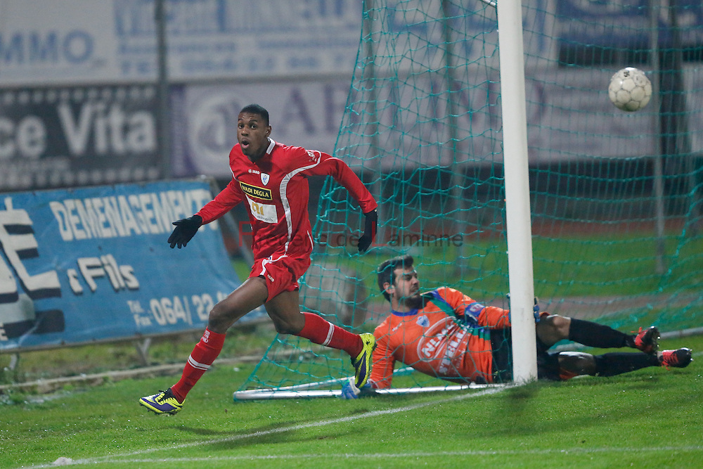 20141129 - La Louvière, Belgium : KV Turnhout's  Said BAKARI (#8) reacts after scroring the 2-2 goal during the 3rd division game betwen La Louvière and Turnhout on 29/11/2014 in La Louvière (Stade du Tivoli)