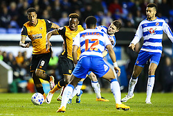 Moses Odubajo of Hull City get caught up in among Reading players - Mandatory byline: Jason Brown/JMP - 07966 386802 - 19/04/2016 - FOOTBALL - Madejski Stadium - Reading, England - Reading v Hull City - Sky Bet Championship