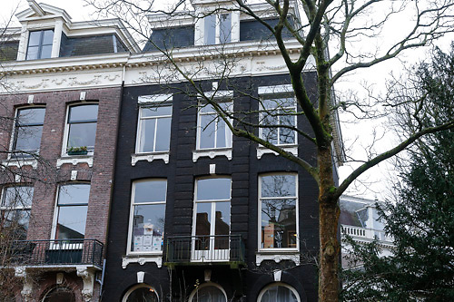 NLD/Amsterdam/20121227 - Nieuwe woning voor de Isa Hoes,