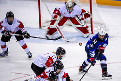 22-02-2018 KOR: Olympic Games day 13, PyeongChang<br /> Final Ice Hockey Canada - USA 2-3 / Brianna Decker #14 of the United States, Shannon Szabados #1 of Canada, Bailey Bram #17 of Canada