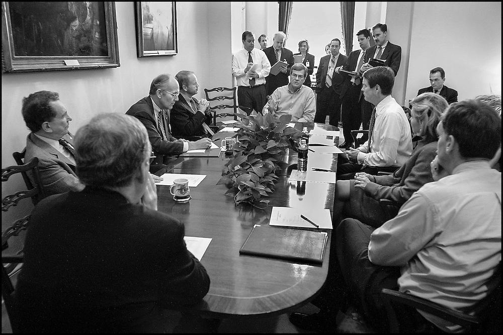 Sen. Trent Lott holds a Leadership Meeting in his office.  Topics included recent terrorism legislation.  10/1/01..©PF BENTLEY/PFPIX.com