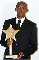 Fotball<br /> African Nations Cup 2004<br /> Afrika Mesterskapet<br /> Foto: Digitalsport<br /> Norway Only<br /> <br /> AFRICAN STARS AWARDS - 04/02/2004<br /> SAMUEL ETO'O (CAMEROON) AND THE GOLDEN STAR