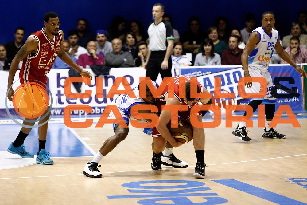 DESCRIZIONE : Capo dOrlando Lega A 2014-15 Orlandina Basket Olimpia Emporio Armani EA7 Milano<br /> GIOCATORE : Forlain Campbell Alessandro Gentile<br /> CATEGORIA : Curiosita Difesa<br /> SQUADRA : Orlandina Basket EA7 Emporio Armani Olimpia Milano<br /> EVENTO : Campionato Lega A 2014-2015 <br /> GARA : Orlandina Basket EA7 Emporio Armani Olimpia Milano<br /> DATA : 19/04/2015<br /> SPORT : Pallacanestro <br /> AUTORE : Agenzia Ciamillo-Castoria/G.Pappalardo<br /> Galleria : Lega Basket A 2014-2015<br /> Fotonotizia : Capo dOrlando Lega A 2014-15 Orlandina Basket EA7 Emporio Armani Olimpia Milano